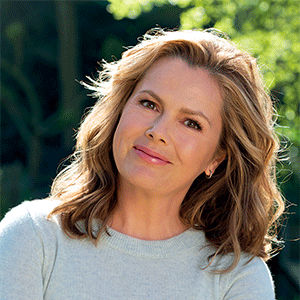 Liz Earle MBE Profile Picture